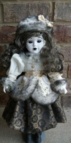 Creepy Horror Doll Scary Little Girl   Gothic 16 in basement