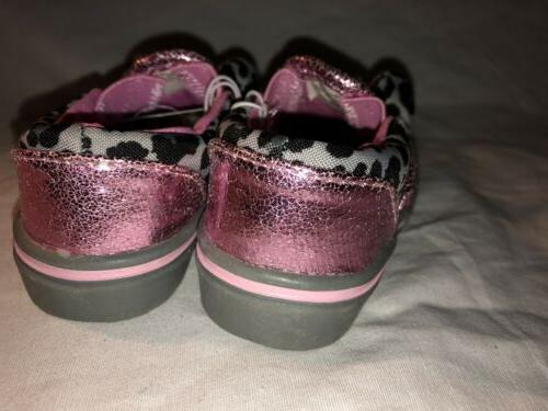 NEW NWT Size 11 Jumparoos On Shoes