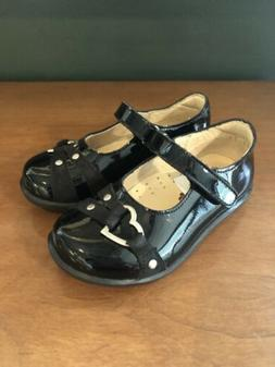 Aster NIB Fabelle Black Patent Little Girls Shoes Size 25  R